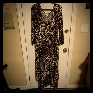 Sexy sexy sexy! Maxi dress in leapord print